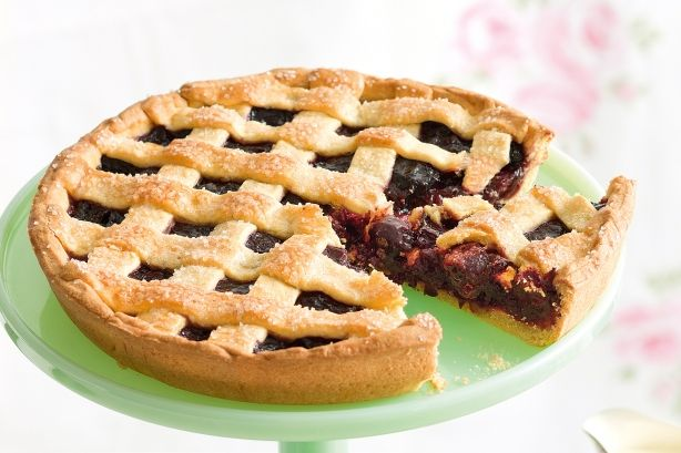 Try this much talked about sweet Cherry Pie recipe.