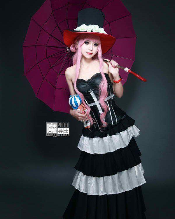 Perona Cosplay #onepiece #anime #luffy #zoro #nami #ussop #sanji #chopper…