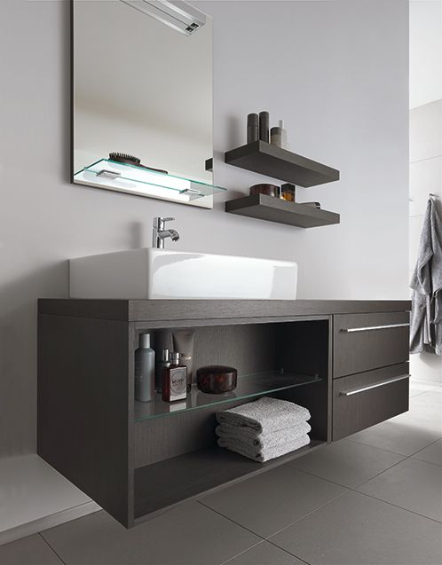 X-Large vanity unit: Let there be place!