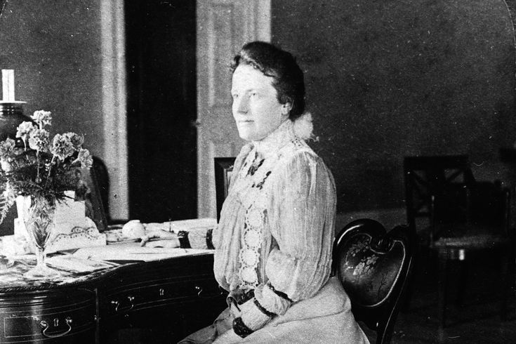 46 First Ladies of the United States of America: Edith Roosevelt