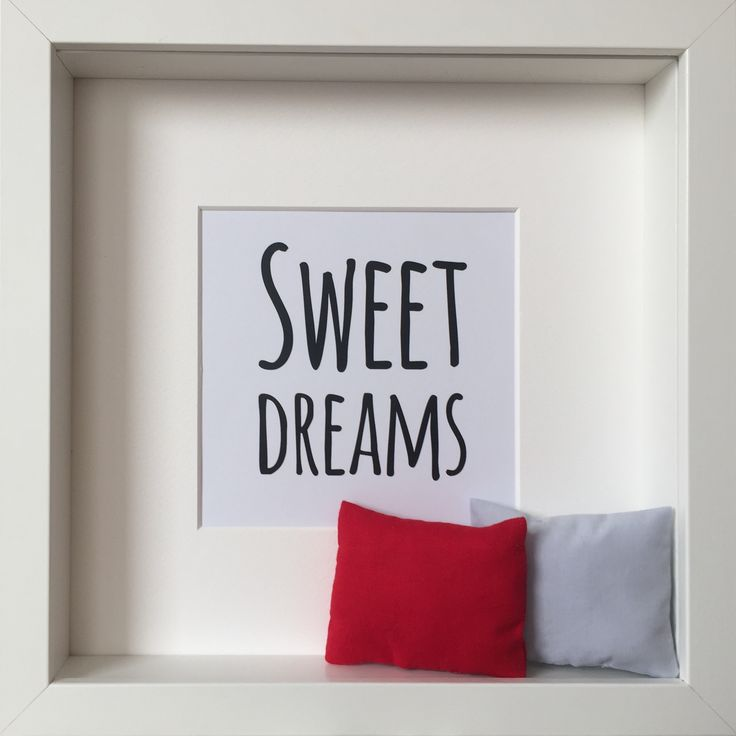 """""""Sweet Dream"""" picture with little handmade pillows"""