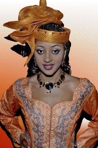 pagne africain modele haut recherche google bamakor pinterest africans african fashion. Black Bedroom Furniture Sets. Home Design Ideas