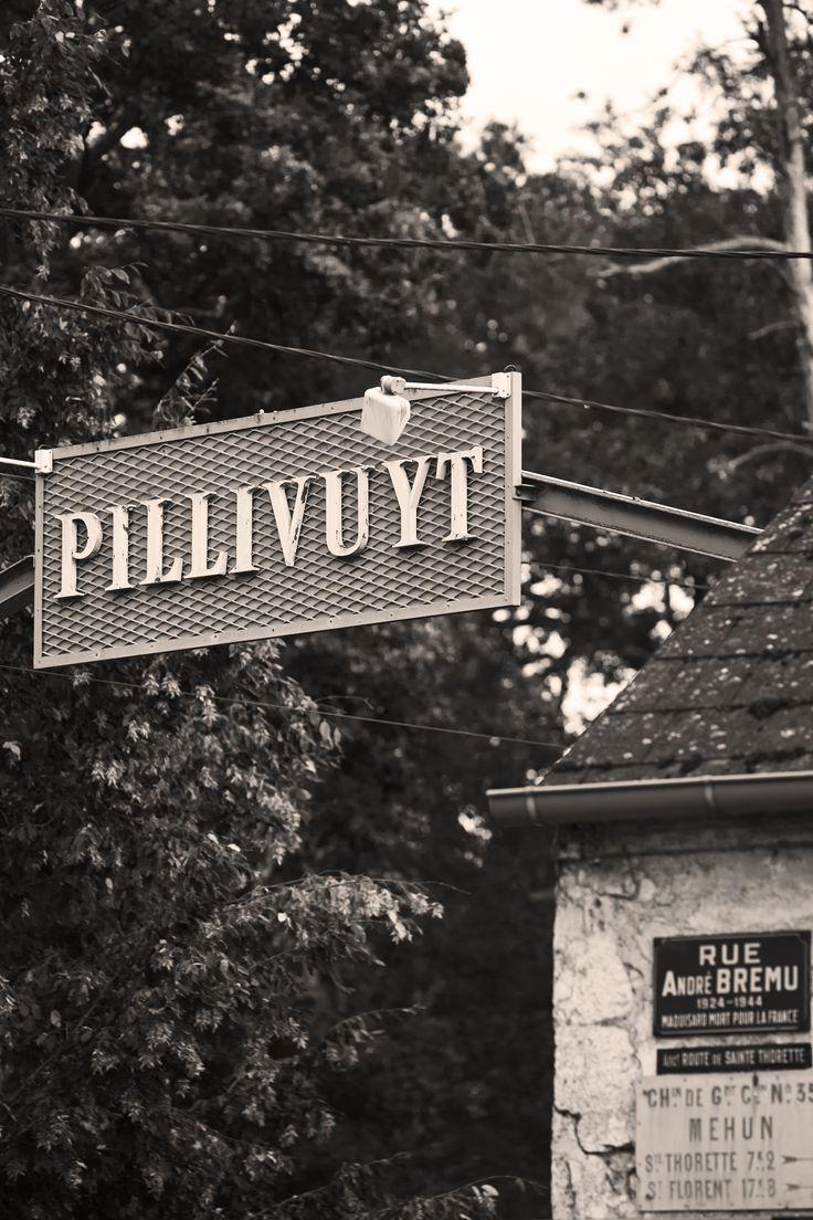 Porcelæn fra Pillivuyt er siden begyndelsen for snart 200 år siden lavet i hånden på fabrikken, der ligger naturskønt i det nordlige Frankrig.