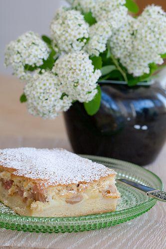 Estonian rhubarb cake, from NamiNami, a great blog spot.