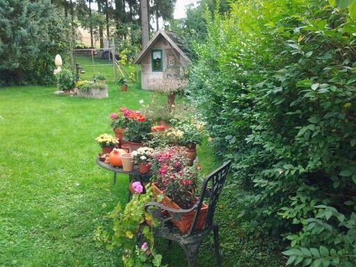 Blumeneckchen im Garten