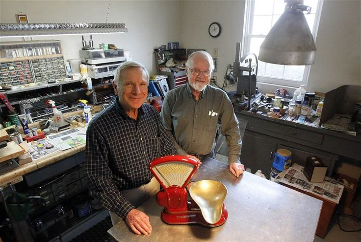 Try and get info for my toledo scale! Former employees of Toledo Scale turn refurbishing into hobby - Toledo Blade