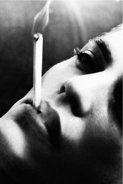 cigarette black and white