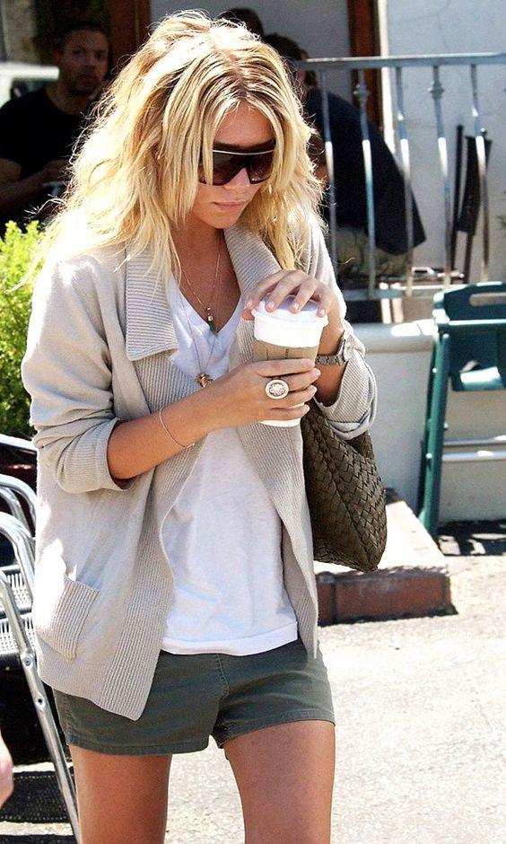 Ashley Olsen looking elegantly cool with an ever covetable Bottega Veneta companion.