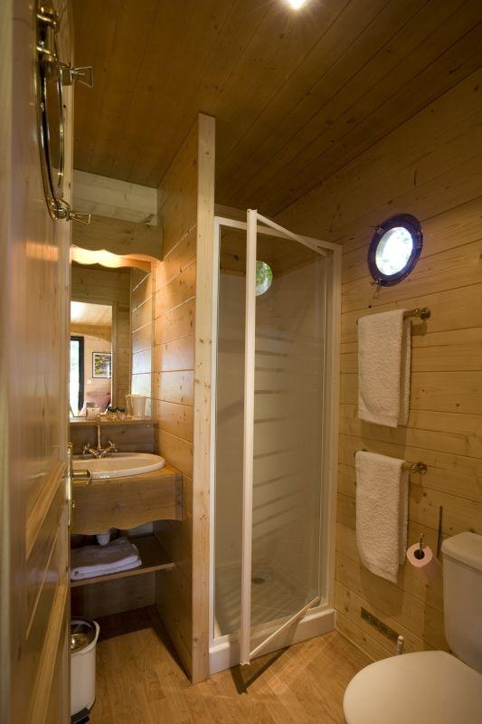 17 meilleures id es propos de salle de bains camping car for Budget salle de bain
