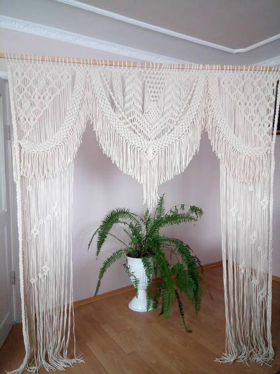 Dieses große handgemachte Makramee-Design eignet sich perfekt für eine Hochzeitshinterg …   – Macrame curtain