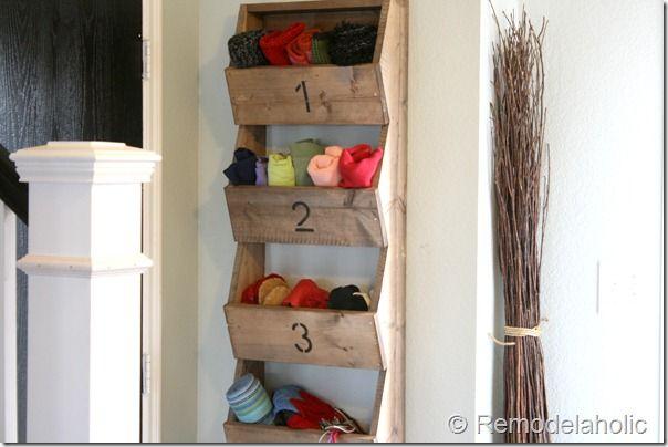 DIY Rustic Wall Storage Bins: Craft, Wall Mount, Diy'S, Wall Storage, Mount Storage, Rustic Walls, Diy Wall, Storage Bins, Storage Ideas