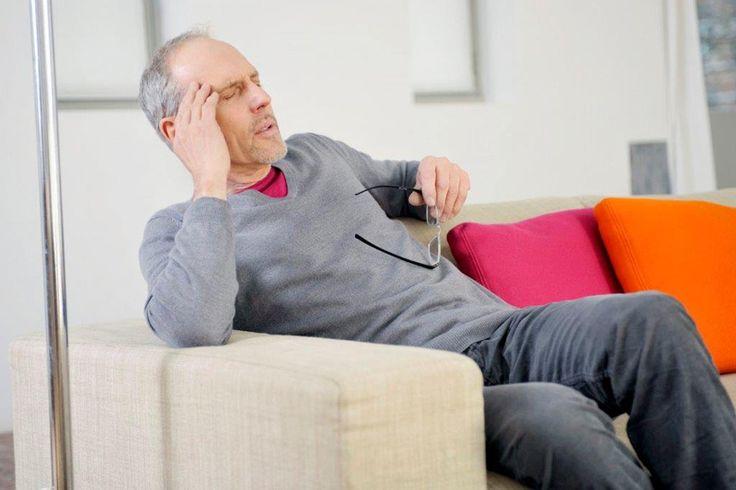 Drehschwindel kann sehr plötzlich auftreten, die Gefahr zu stürzen ist hoch, es kommt zu Augenzittern und starker Übelkeit. Foto: djd/Vertigoheel/P.BROZE