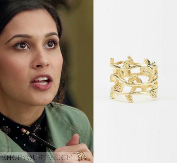 Faking It: Season 3 Episode 9 Sabrina's Gold Leaf Ring