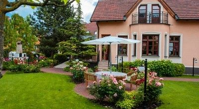 Villa Rosa is THE BEST RESTAURANT IN SLOVAKIA (Gurman Award). The B&B is located in city Dunajská Streda, in the heart of Rye Island. Rooms are furnished in romantic country style and here the guests - if only for a few days - can feel truly special.  www.villarosa.sk   Reservation: reservation@villarosa.sk  Tel.: +421 (31) 590 27 70