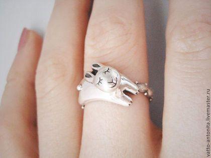 """Кольца ручной работы. Ярмарка Мастеров - ручная работа. Купить кольцо из серебра """"Спящий кролик"""". Handmade. Кролик, кольцо"""