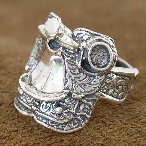 western jewelry - Google Search: Except, Fingers, Beautiful Rings, Graduation Colleges, Rings I Love, Cutest Rings, Westerns Jewelry, Saddles Rings Get, Westerns Saddles