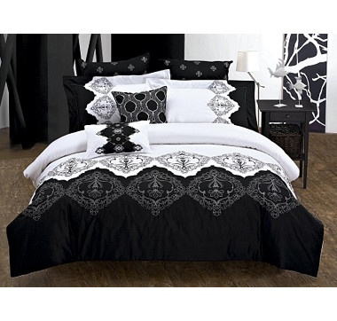 #ilovetoshop    Seasons Collection 5 Piece Roshni Embroidered Comforter Set