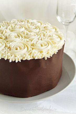 Tort aniversar cu ciocolata