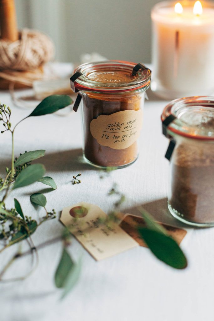 Wholehearted Eats | WINTER HERBAL LATTE MIXES | http://www.wholeheartedeats.com