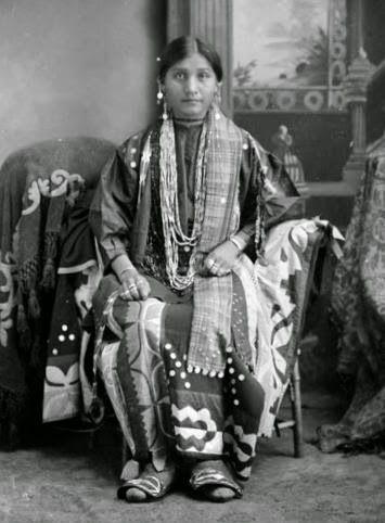 Wisconsin Winnebago Woman circa 1910