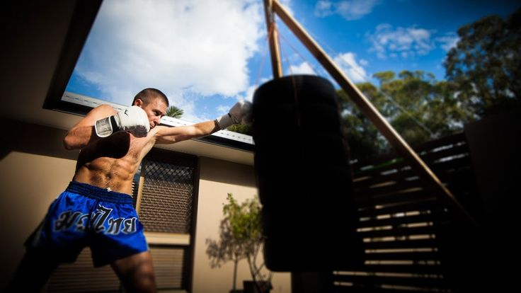 The Best Heavy Bag Stands For Home Use – A Fighters Guide 2017