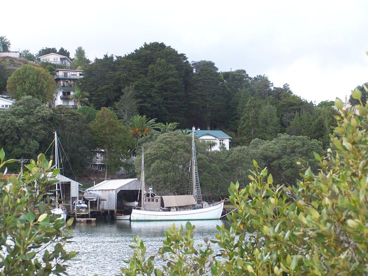 this is the view of and around Kauri Nest B&B on the Hatea River, above and around the hill is Mt Parahaki , the oldest and largest Pah site in New Zealand