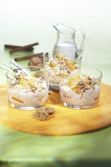 Aprikosen-Müsli mit Walnuss-Zimt-Crunch