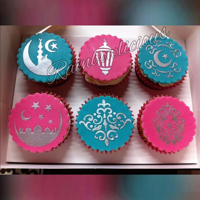 Eid Cupcakes - Ramadan cakes stencils available at Stenciland shop on Etsy OR at www.stenciland.com