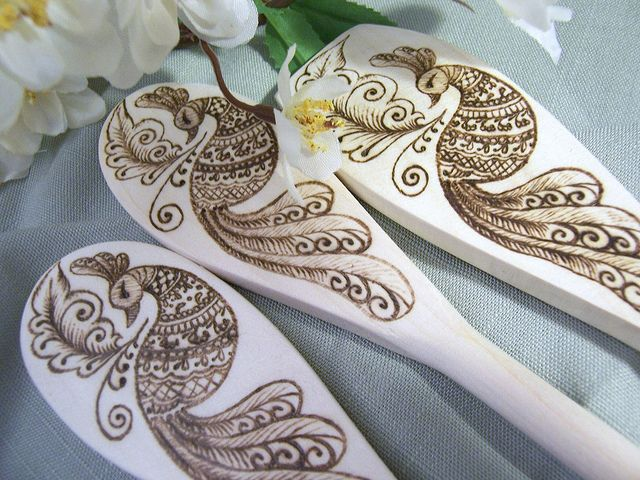 woodburning art on wooden spoons!