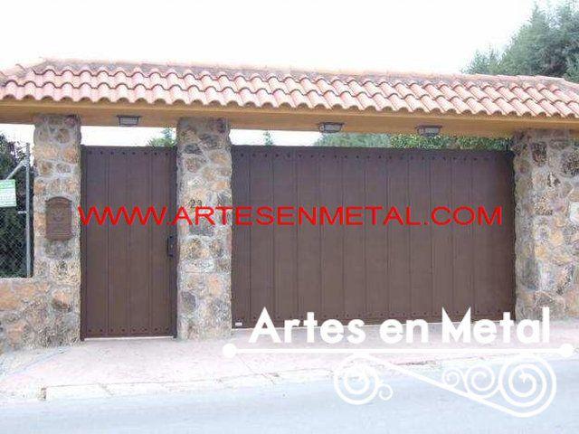 Herrería s metal hierro forjado Guatemala centro América estructuras metálicas soldadura portones de madera metal catalogo diseños estilos