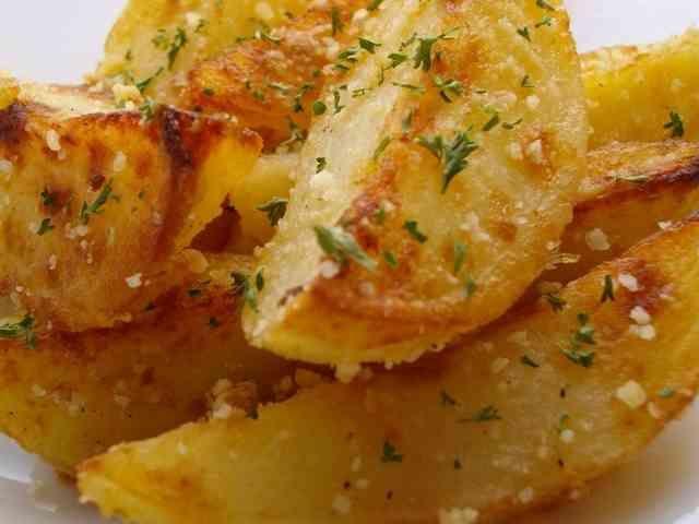 ◆ふりふりポテト コンソメチーズ◆  ちょっとのつもりの味見が止まらなかった我が家のお芋娘達が絶賛したポテトです♡