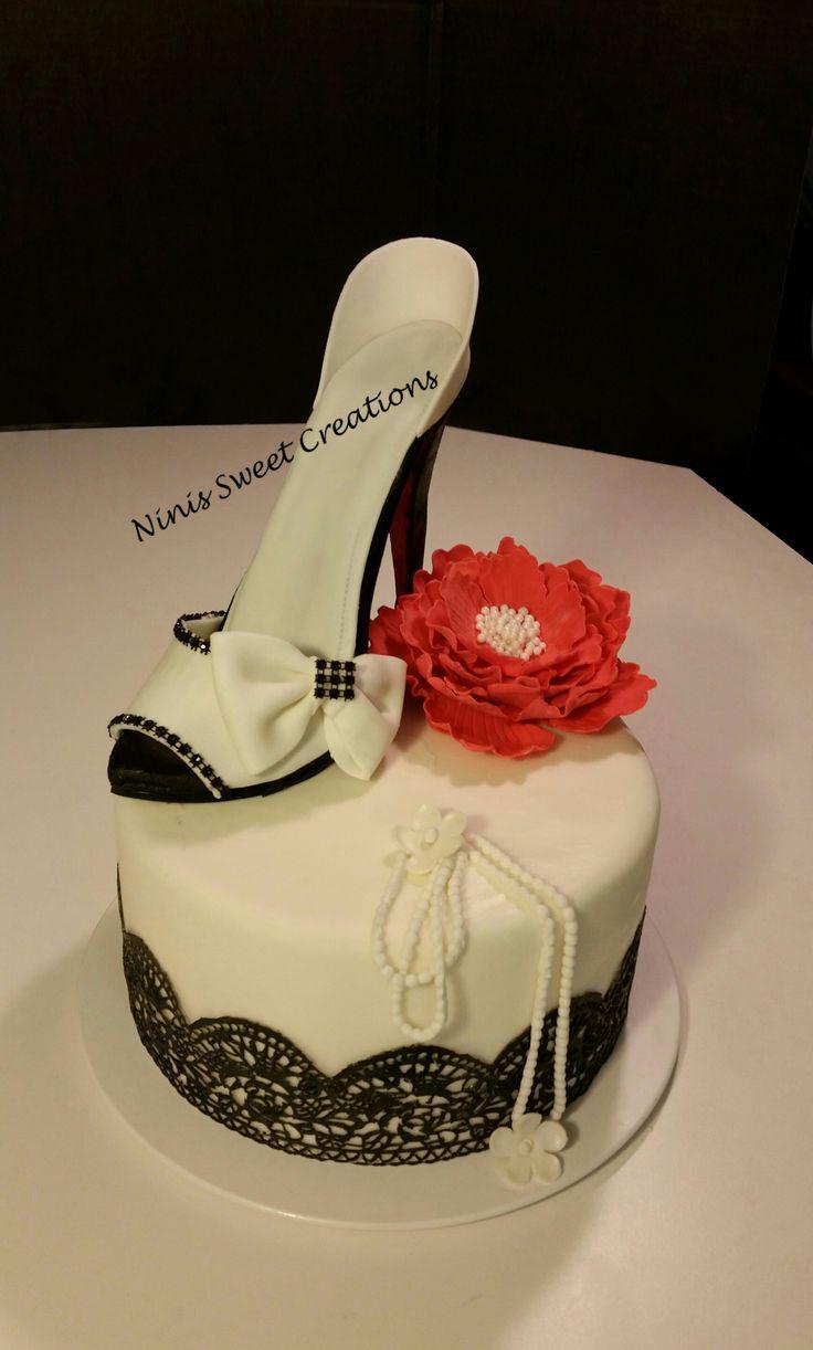Gumpaste shoe. Fondant Shoe Cake. Black and White. Edible Lace. Ninis Sweet Creations