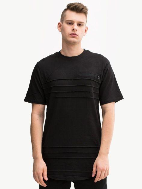 Zobacz Better Stripe Black marki Southpole w kategorii Koszulki w UrbanCity.pl! Koszulka marki Southpole. MATERIAŁ: 100% bawełnaZDOBIENIA: żakardowa metka DODATKOWE INFORMACJE: wsuwana kieszonka z suwakiem wszyta żakardowa metka u dołu przeszycia materiałowe oryginalny wzór Model Paweł [182cm, 70kg] ma na zdjęciu rozmiar M