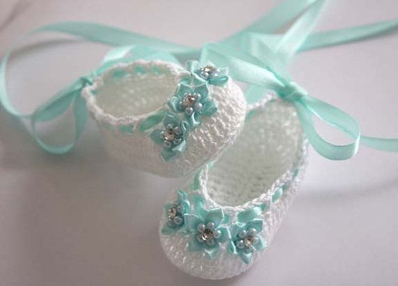 Baby Ballerina Crochet Booties in white and teal ♥