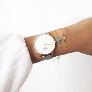 🌿🌿Pulseras Lïma🌿🌿 Combinación perfecta con los relojes #vintkova 💘 Recuerda que puedes conseguir tu ⌚️ con un 20% de descuento con el código MARIADOSAES 🙌🏼🙌🏼🙌🏼 💭www.dosaes.com