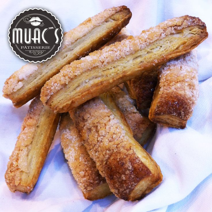 Muac´s patisserie Panadería Artesanal Europea – Francia – Banderillas. (Pasta hojaldre con azucar vainillada). #Muacspatisserie #panaderia #pan #panartesanal #eurepeanbread #frenchbread #panaderiaeuropea #panaderiafrancesa #pandulce #banderillas #pastahojaldre #azucarvainillada
