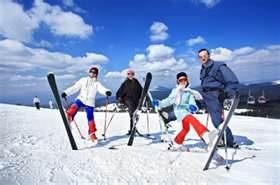 Funny ski holidays with the family! #travel #ski #mountains #durban #hillcrest #harveyworldtravel #holiday #packages  #adventure #family #beautifulworld #specials #traveldeals #bestprices #memories #love #family