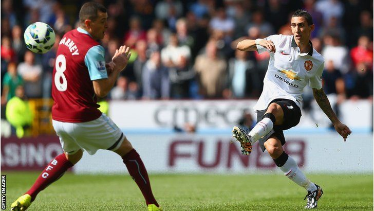 angel di maria crosses on his debut against burnley on august 30th 2014 the red devils pinterest angel di maria burnley and manchester united 2014