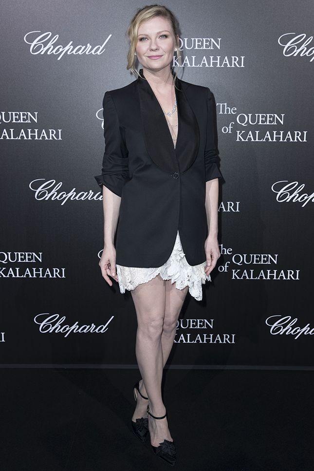 Кирстен Данст в украшениях Chopard на вечере в честь запуска новой коллекции бренда The Garden of Kalahari в Париже
