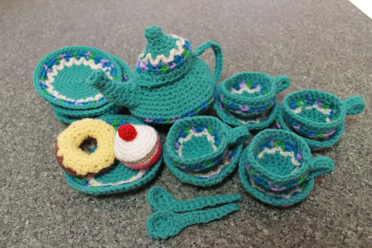 Crochet Tea Set (cakes not included) $60