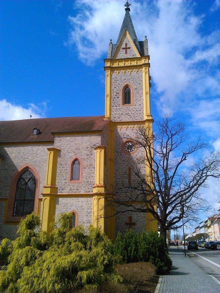 Hluboká nad Vltavou - church