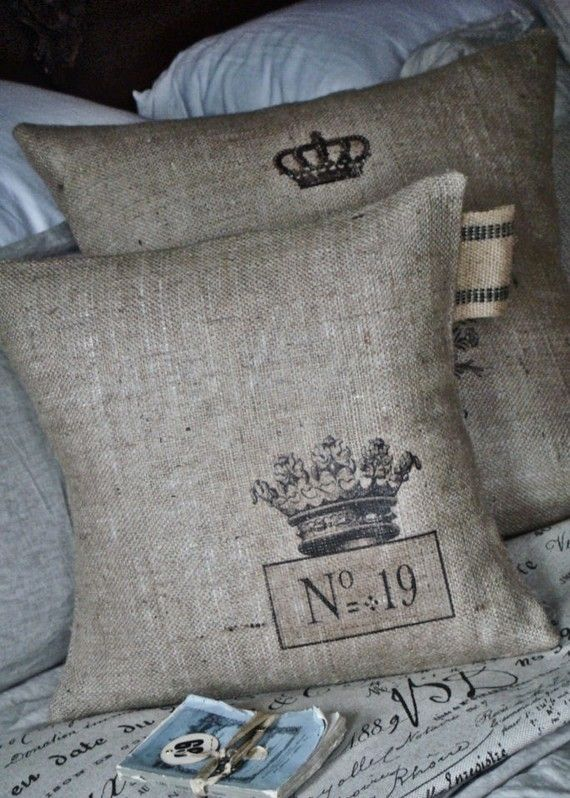 Burlap pillow with crown