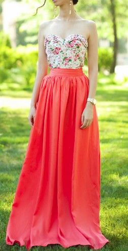 This is perf for a spring party, formal or casual. You can dress it up with jewelry, heels, and an elegant 'do, or you can dress it down with some flip-flops and laid back waves