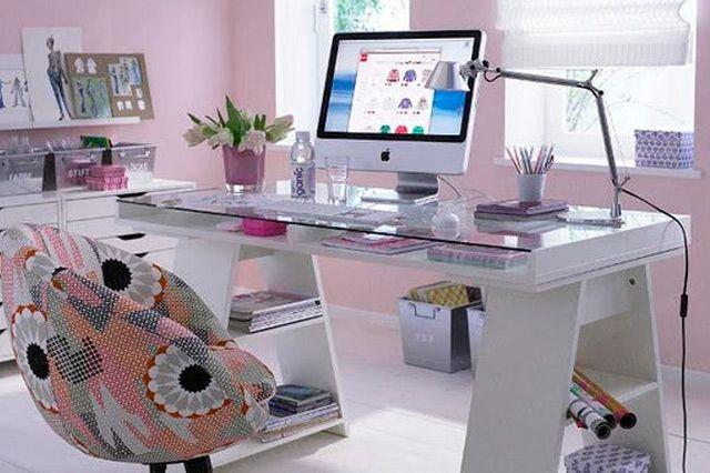 escritorio-feminino-cor-rosa-e-branco