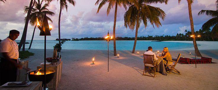 Maldives Honeymoon beachfront dining - One&Only Reethi Rah
