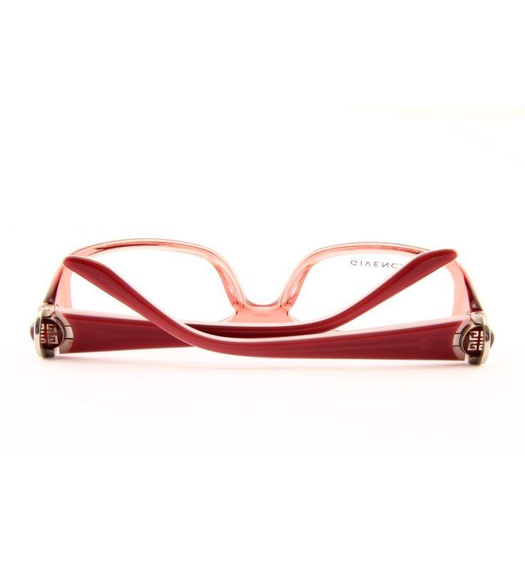 #fashion #style #moda  http://www.luxuryoptic.eu/en/givenchy/925-eyeglasses-givenchy-vgv789-0afd.html