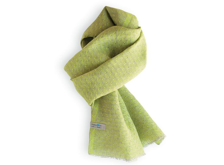 Shawl in pure linen. Lime. Made in Sweden.