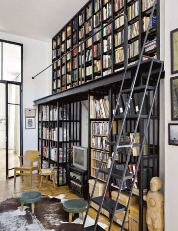 home office of director of Elle Decoration South Africa...