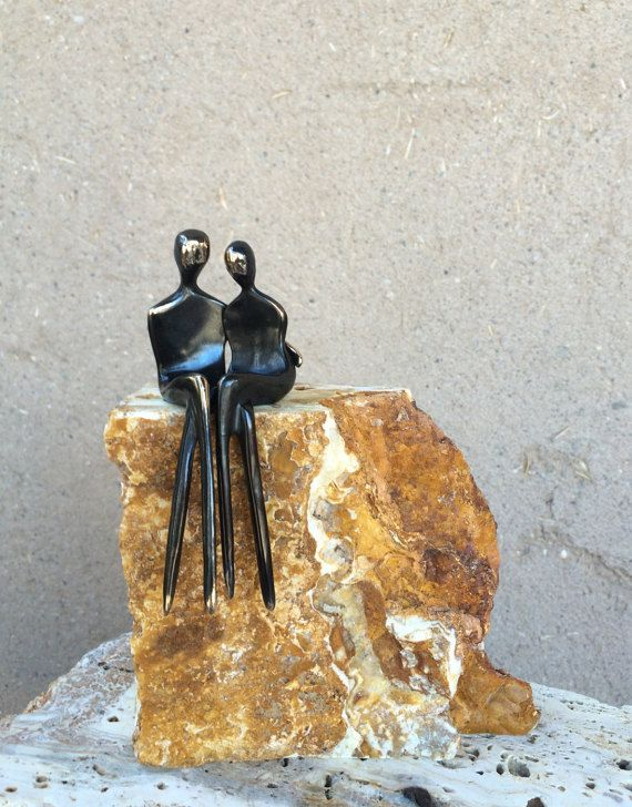 Dieses Paar Bronzeguss Liebhaber, eine elegante Geschenk für Verlobung, Hochzeit oder Jubiläum! Sie sind separate Individuen des