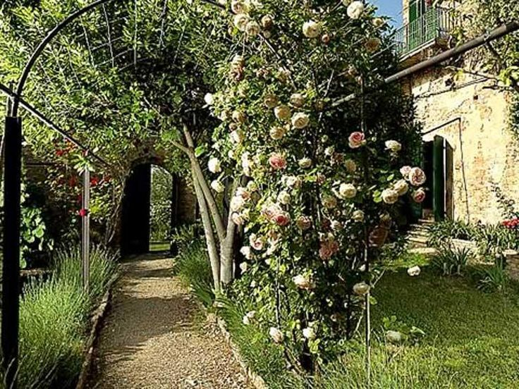 Villa Clair - 30 pax - Barberino val d Elsa, Florence.. http://www.ciaoitalyvillas.com/